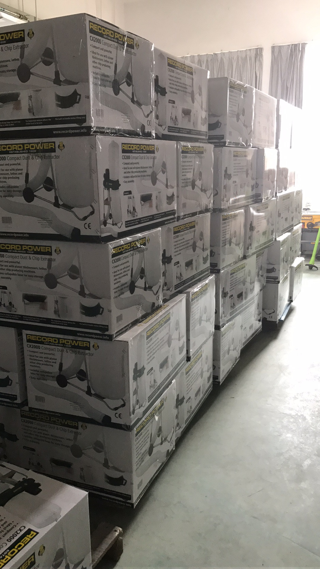 Máy hút bụi Record Power CX2000 (QT9501 OEM)